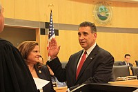 Newly-elected Legislator Lon Hofstein (District 5) takes Oath of office